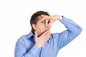 راه حلی برای رفع بوی بد دهان در صبح