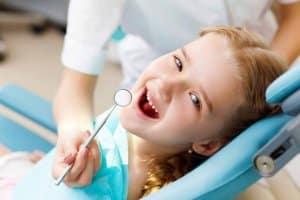 دندانپزشکی تخصصی اطفال چیست؟